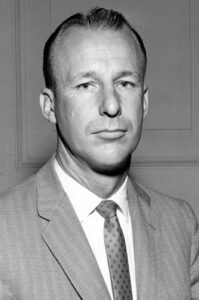 D L Nielsen - AI Chair 1959