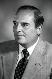 R H Albrecht - AI Chair 1978